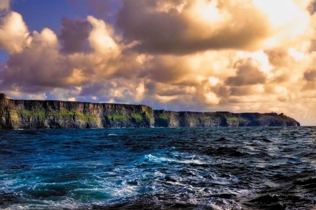 reis naar klippen van moher in ierland