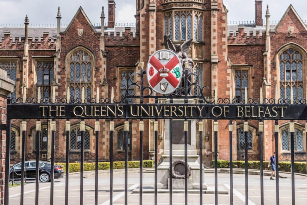 universiteit belfast tijdens citytrip ierland